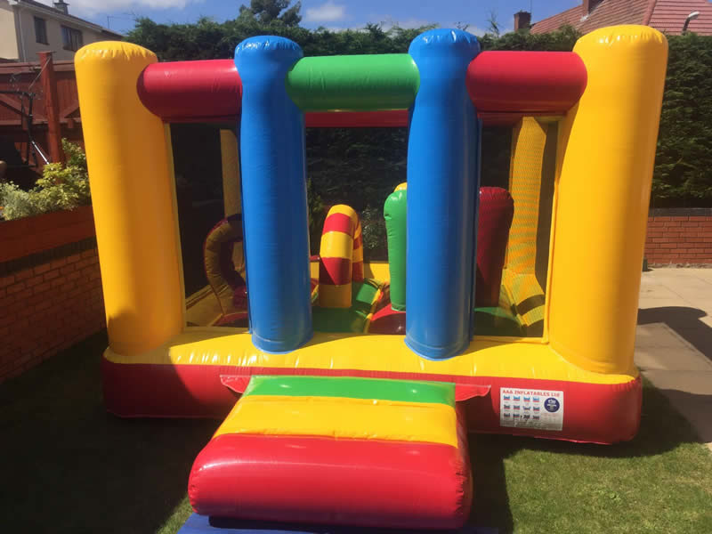 inflatable-mini-play-centre
