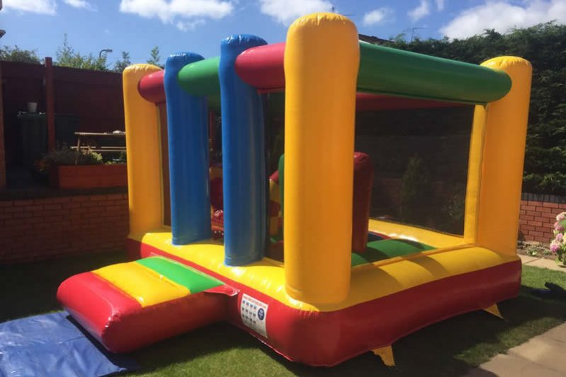 inflatable-play-centre